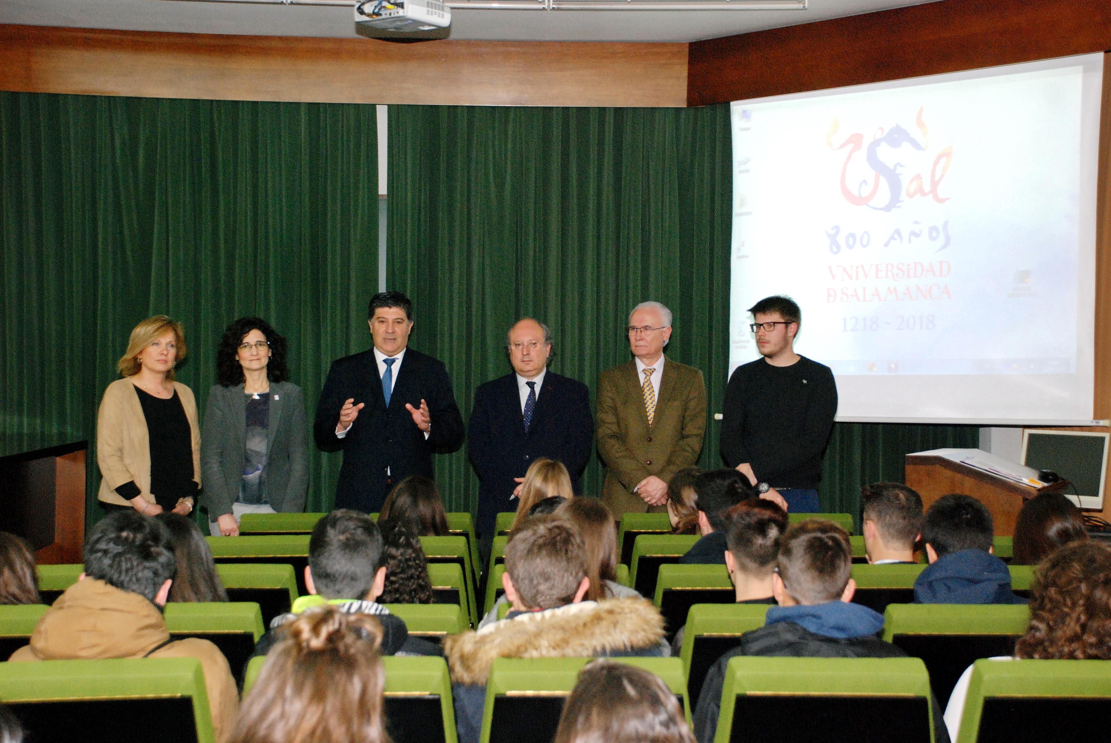 Alrededor de 4.000 estudiantes conocen la oferta formativa de la Universidad de Salamanca en sus Jornadas de Puertas Abiertas