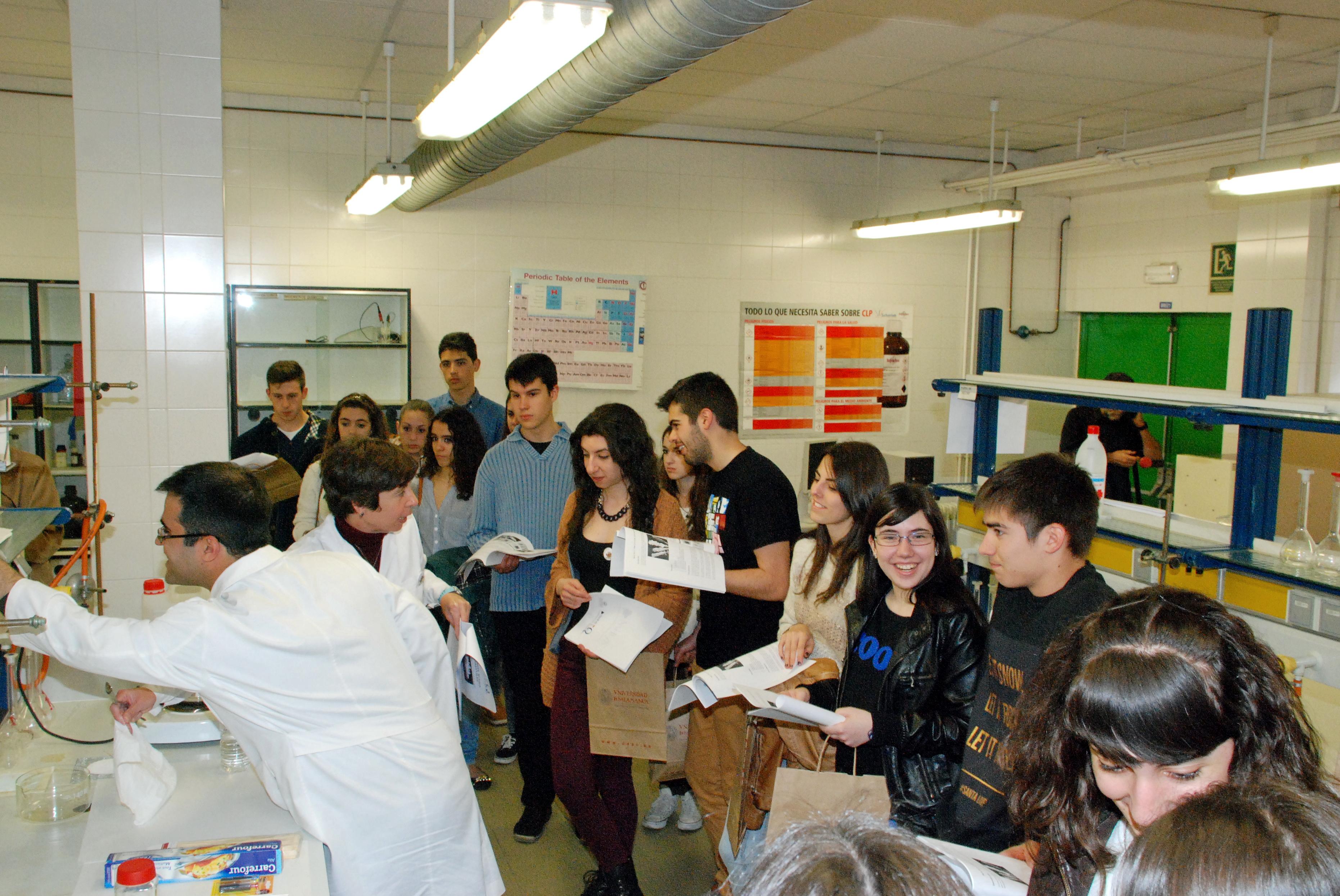 Cerca de 4.000 estudiantes conocen la oferta formativa de la Universidad de Salamanca en sus Jornadas de Puertas Abiertas