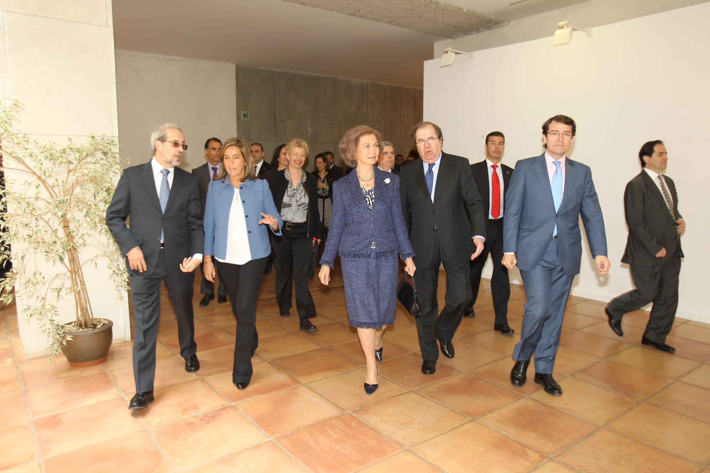 La Reina Sofía preside el I simposio internacional sobre la enfermedad de Alzheimer, organizado por la Fundación General