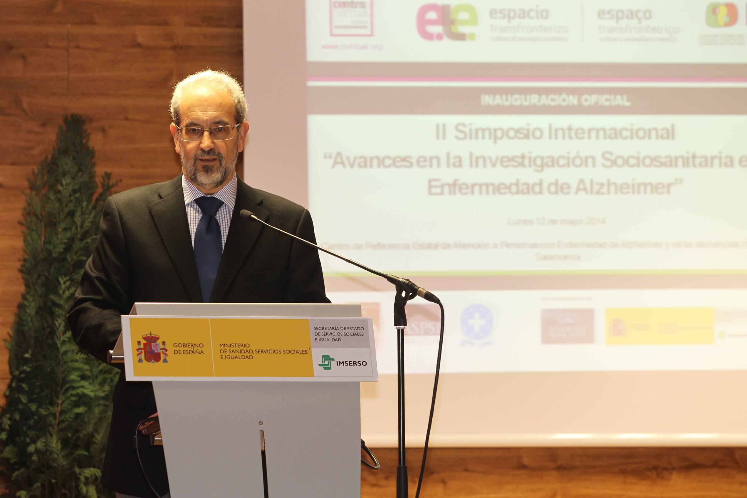 La Reina Sofía inaugura el II Simposio Internacional 'Avances en la investigación sociosanitaria en la enfermedad de Alzheimer'