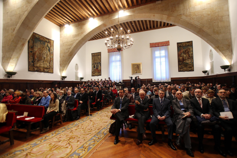 La Universidad de Salamanca celebra la sesión académica de la festividad de Santo Tomás de Aquino con la investidura de 17 nuevos doctores y la entrega de premios universitarios