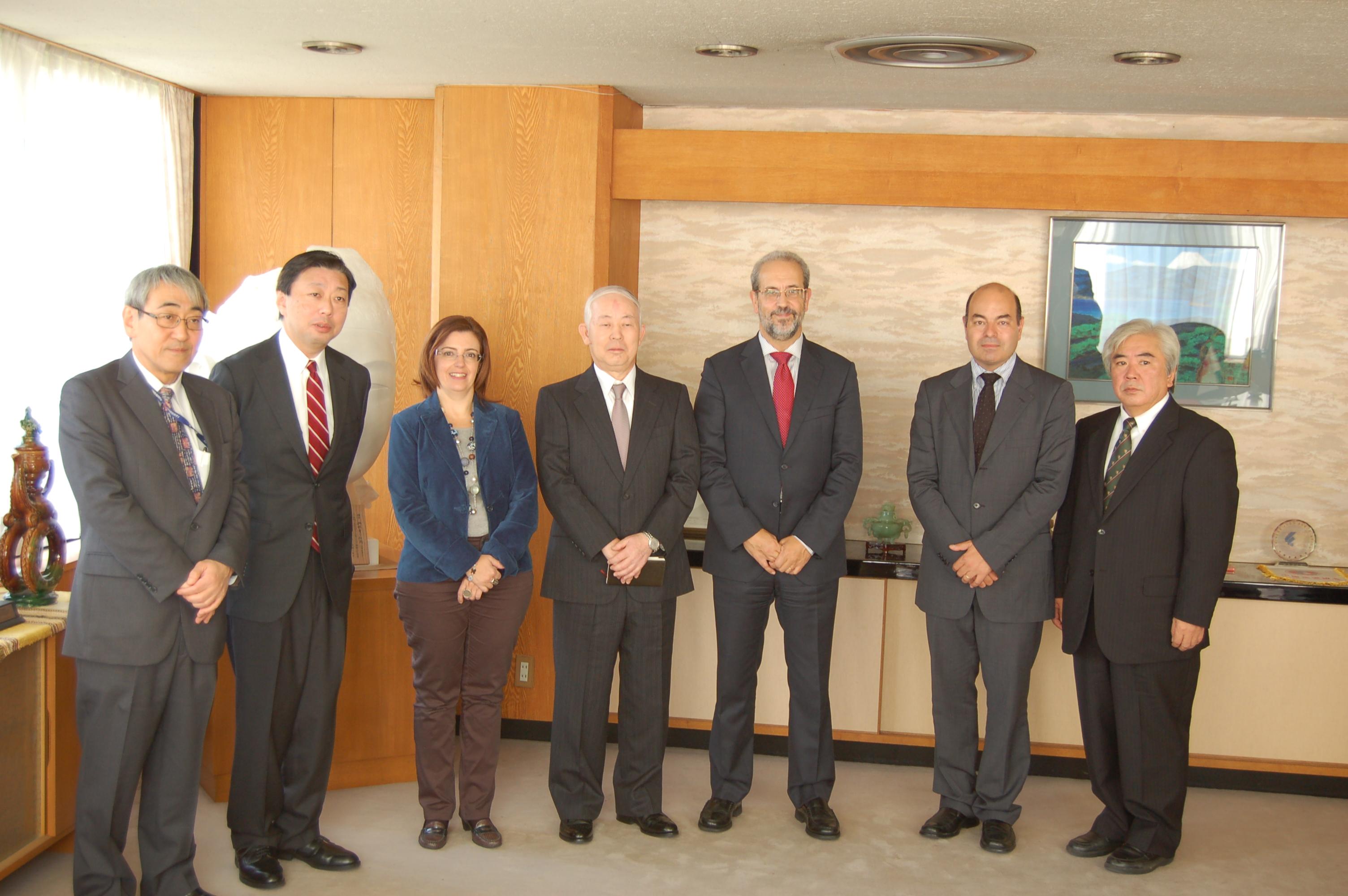 La Universidad de Salamanca presenta en el Instituto Cervantes de Tokio su trayectoria en la enseñanza del español