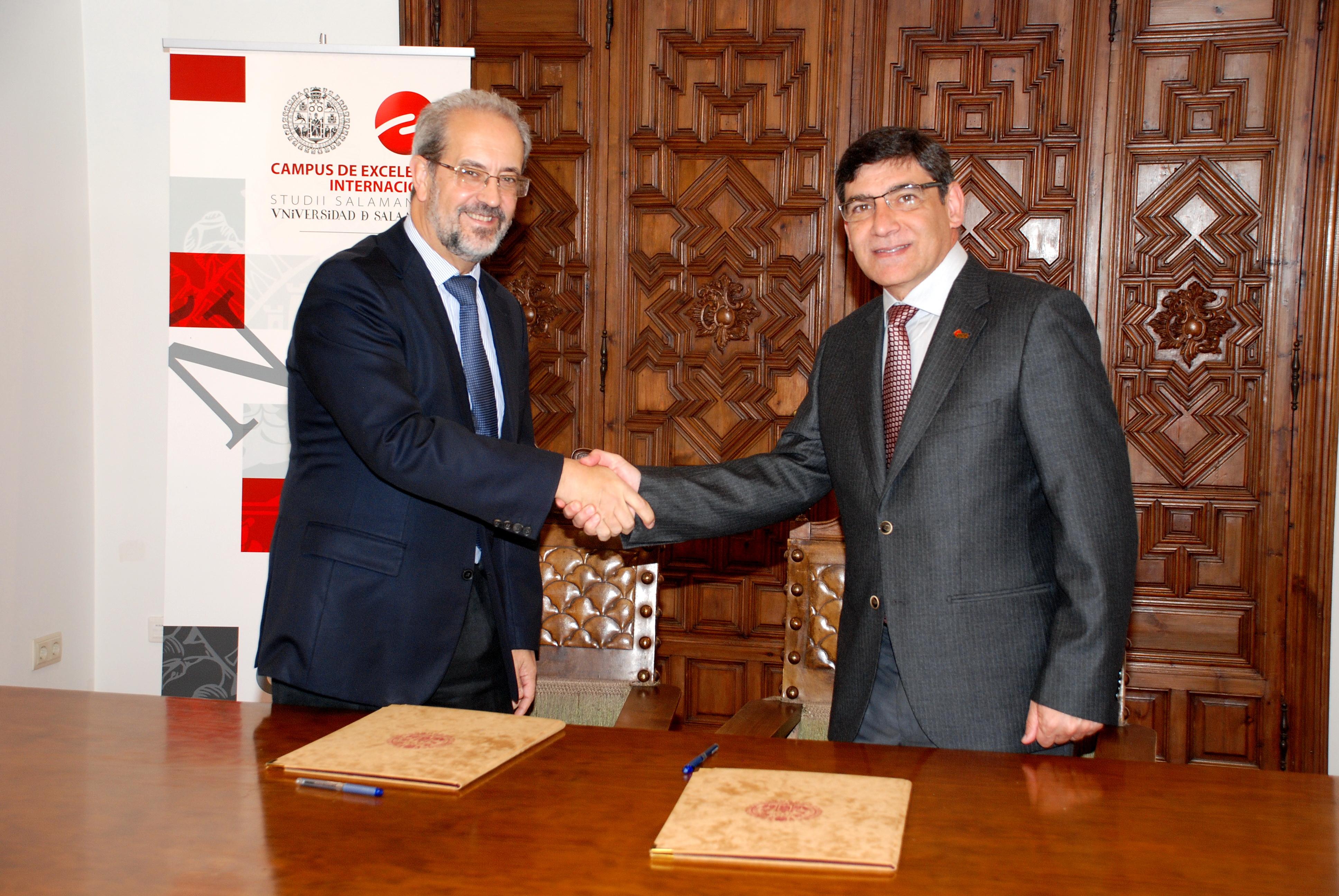 La Universidad de Salamanca suscribe un convenio de colaboración universitaria con la universidad brasileña de Passo Fundo