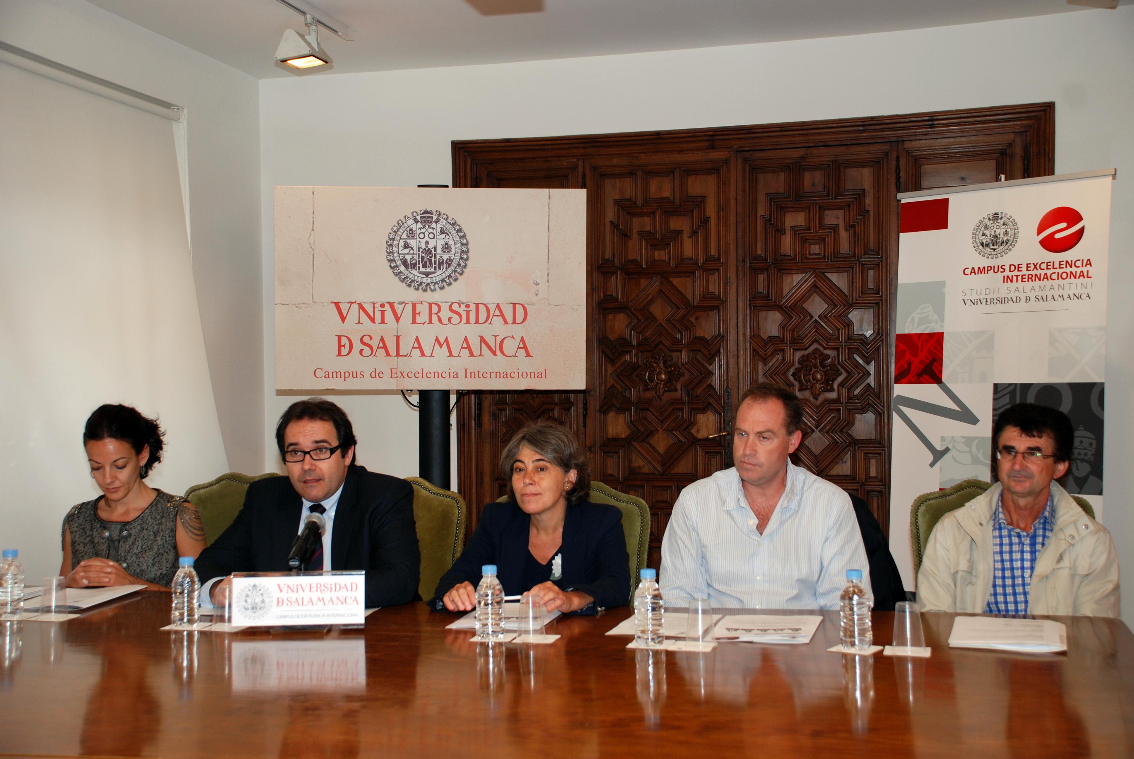 La vicerrectora de Estudiantes, Cristina Pita, presenta la V Carrera Popular Cise - Universidad de Salamanca