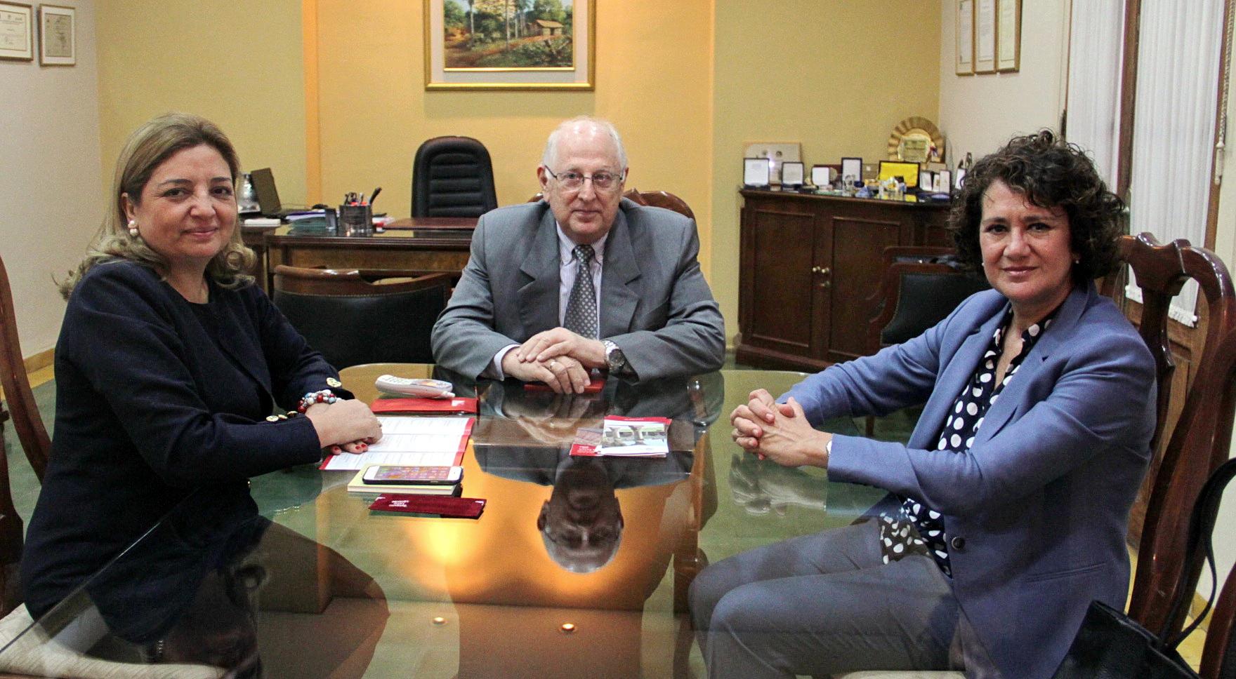 La Universidad de Salamanca refuerza la colaboración con las universidades de Columbia y Asunción de Paraguay