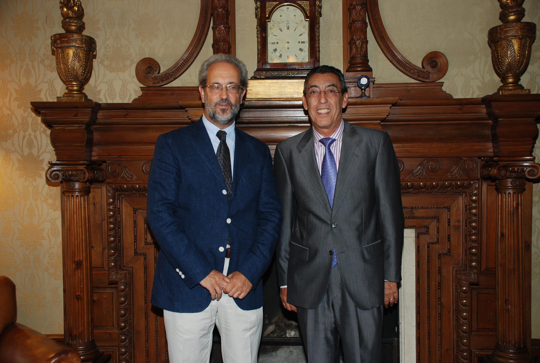 El rector recibe al delegado de la Junta de Castilla y León en Salamanca