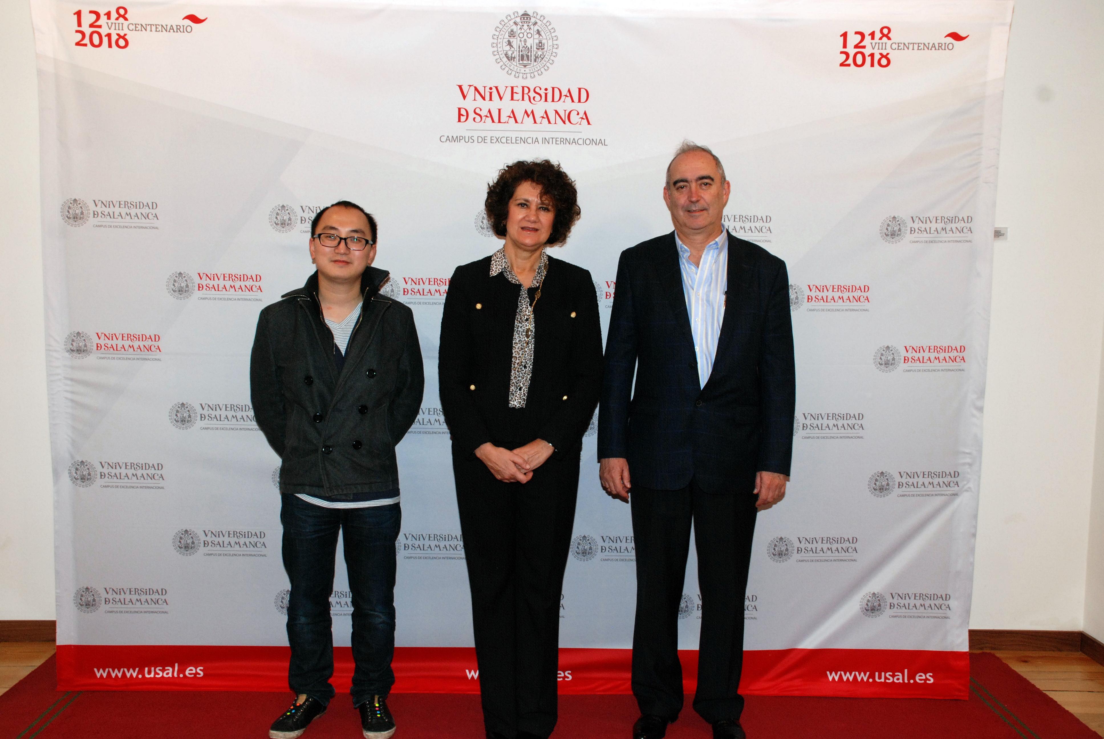 La vicerrectora de Internacionalización recibe a una delegación de la Universidad Normal de Yunnan