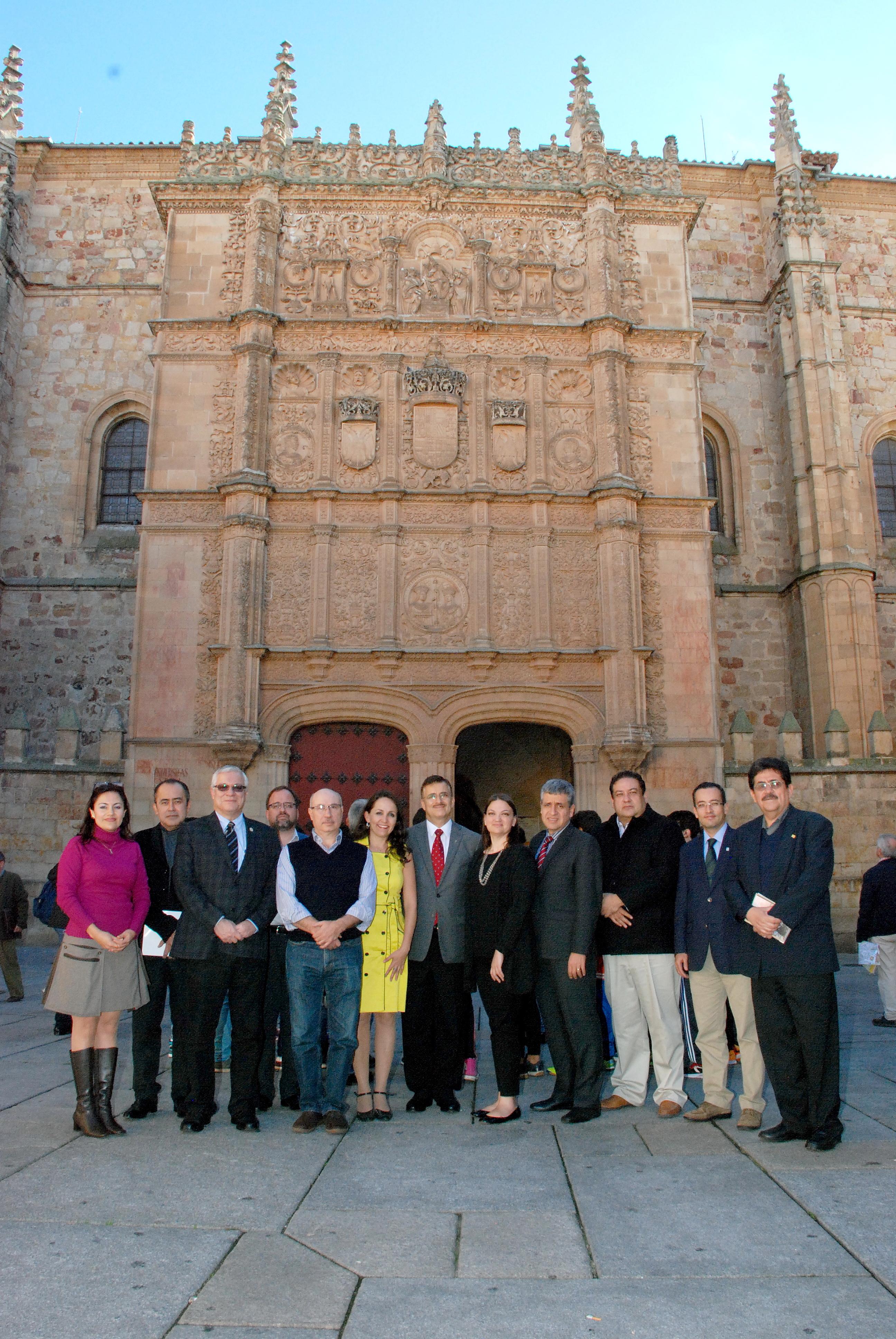 El vicerrector de Ordenación Académica y Profesorado de la Universidad de Salamanca recibe a una delegación de la Universidad de Guadalajara, México