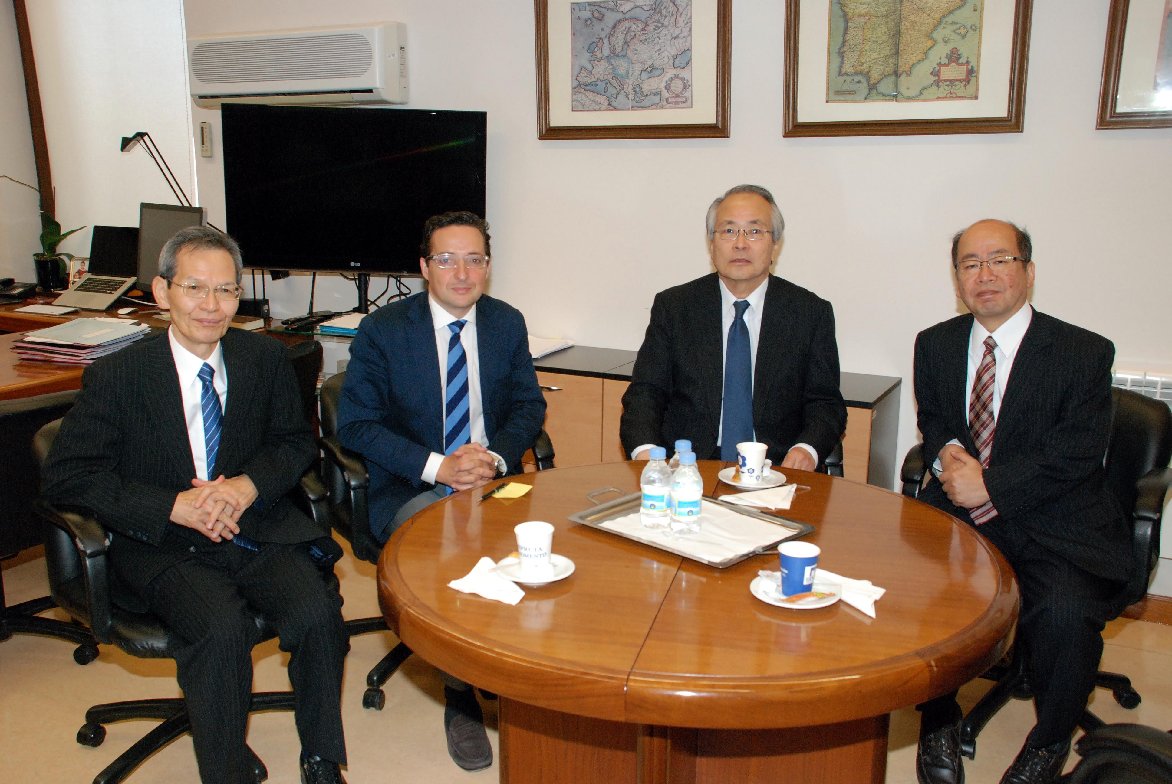 La Universidad de Salamanca y el Instituto Tecnológico de Osaka amplían la colaboración en materia de investigación