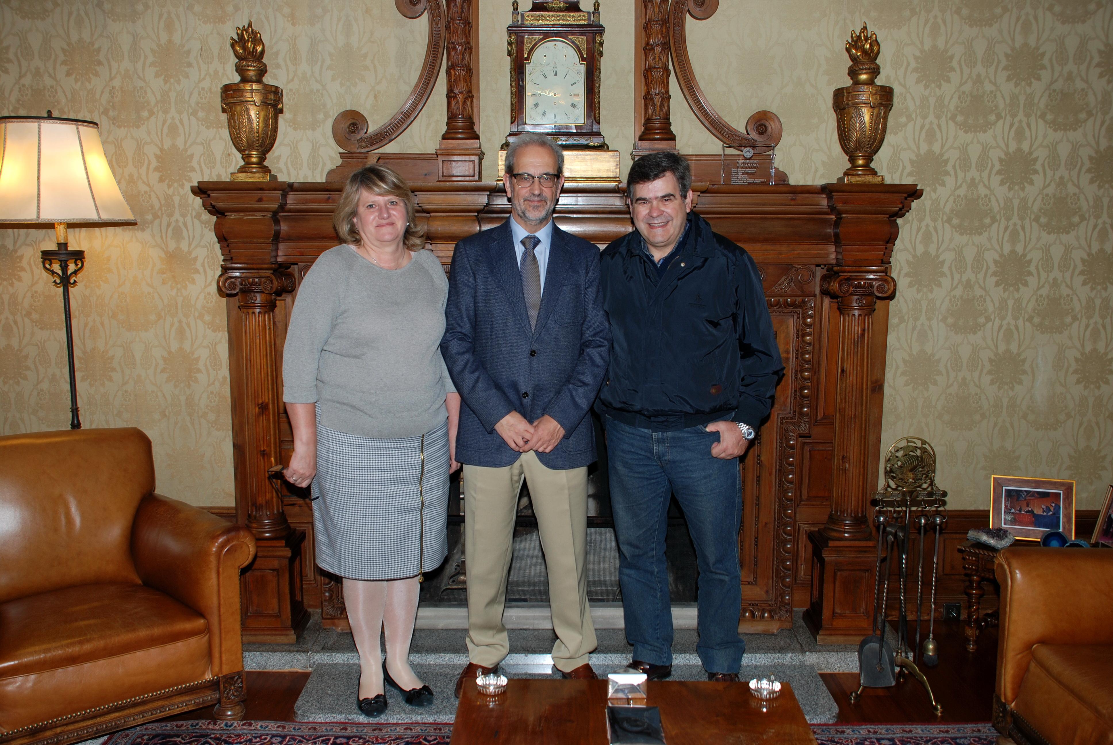 El rector recibe a representantes de la Universidad del Norte Santo Tomás de Aquino, de Tucumán
