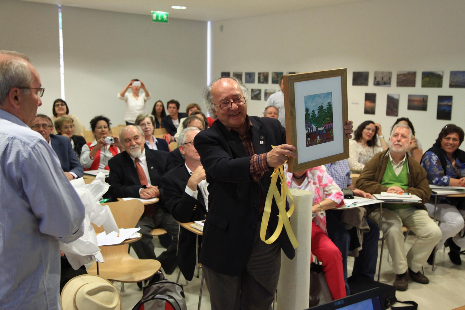 El Centro de Estudios Ibéricos tributa un homenaje al excatedrático Valentín Cabero en el marco de los Cursos de Verano 2014