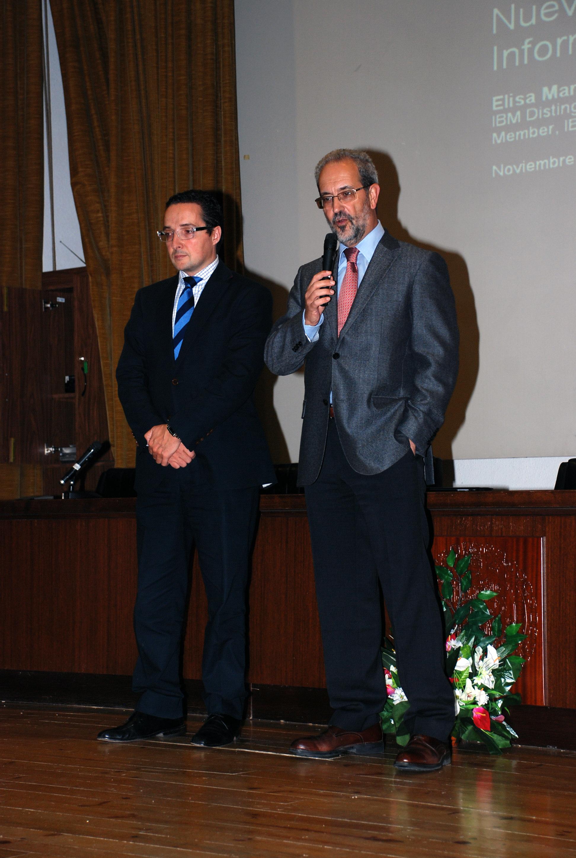 El rector de la Universidad de Salamanca presidió la ceremonia de celebración del centenario de la creación de IBM