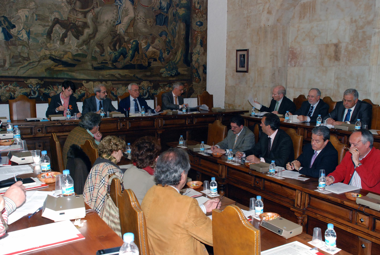 El Consejo Social celebra su sesión ordinaria en el mes de abril