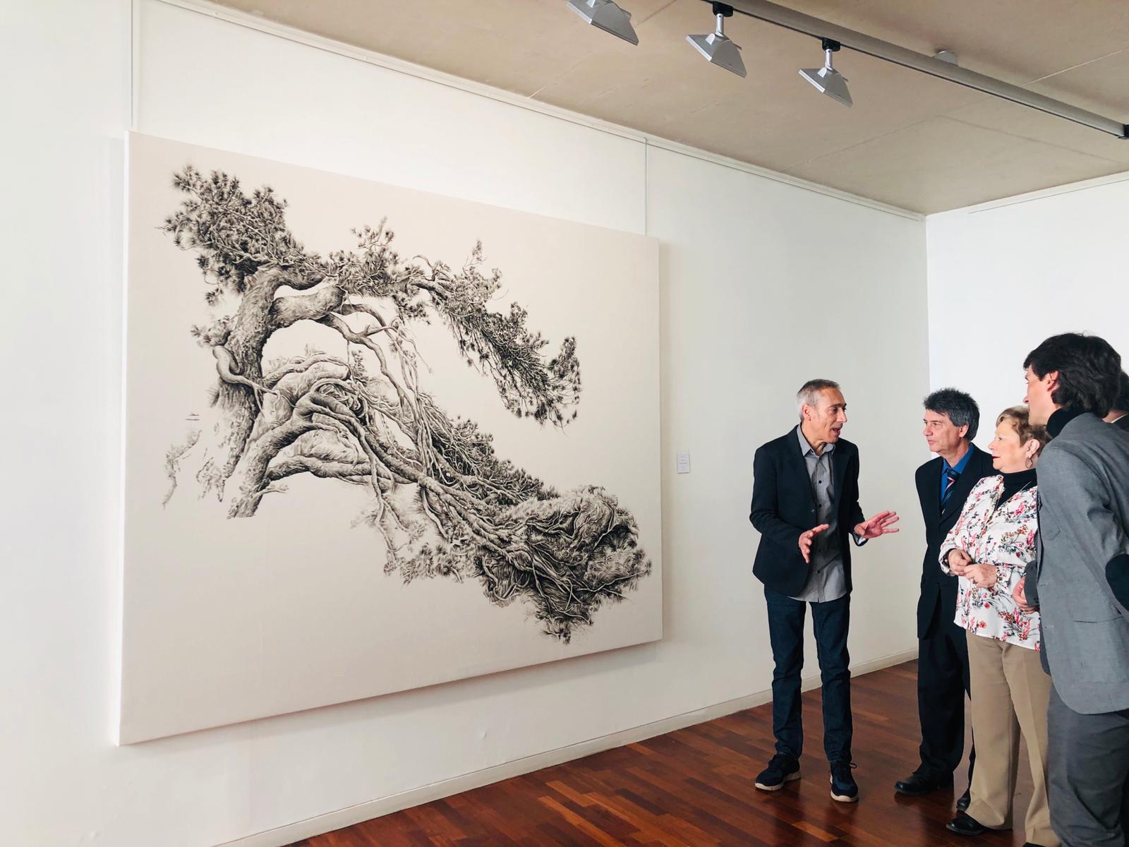 El programa de aniversario de la Escuela de Educación y Turismo de Ávila arranca con la exposición 'Coral' de Jesús Alonso