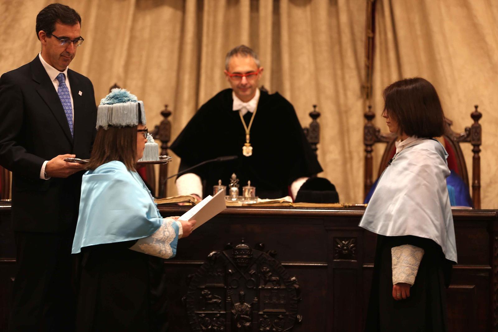 El rector Ricardo Rivero preside la ceremonia de la Festividad de Santo Tomás de Aquino