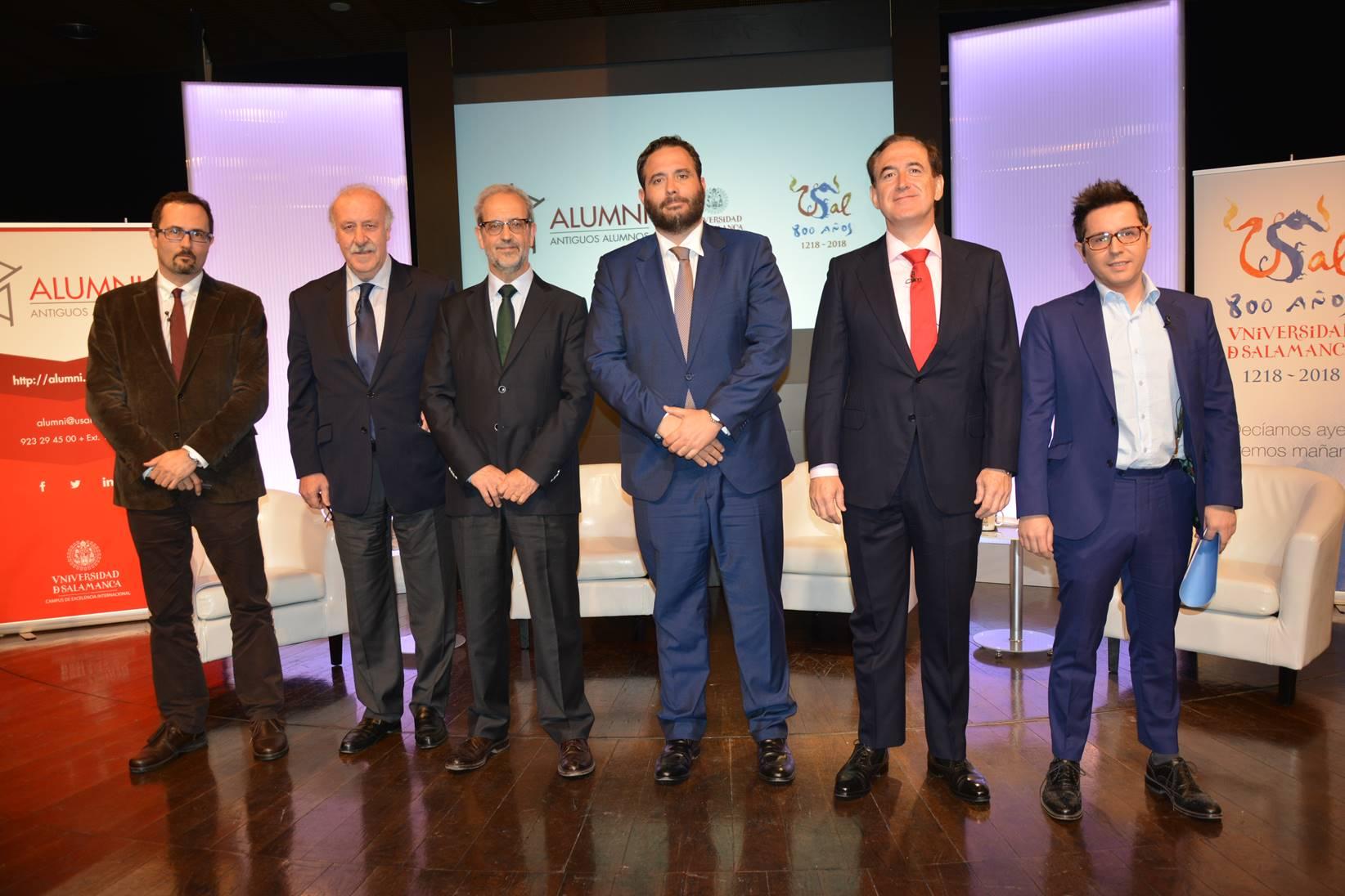 Alumni-Universidad de Salamanca se presenta en Madrid con un encuentro entre el seleccionador Vicente del Bosque, y el presidente de Mapfre, Antonio Huertas