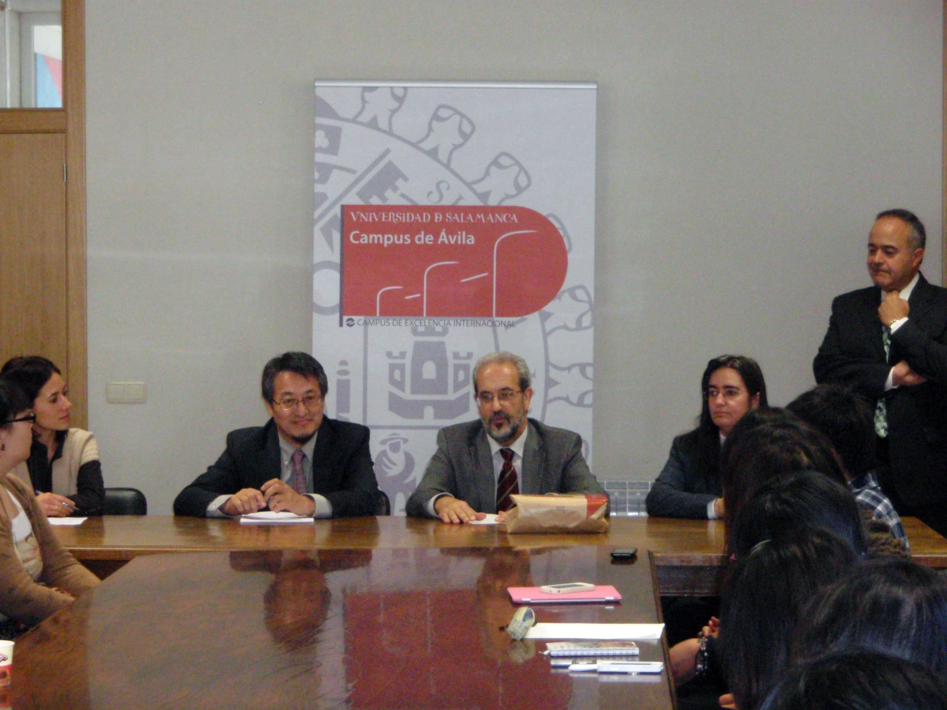 El rector asiste a las jornadas sobre estudiantes chinos organizadas por el Máster de Turismo Interior