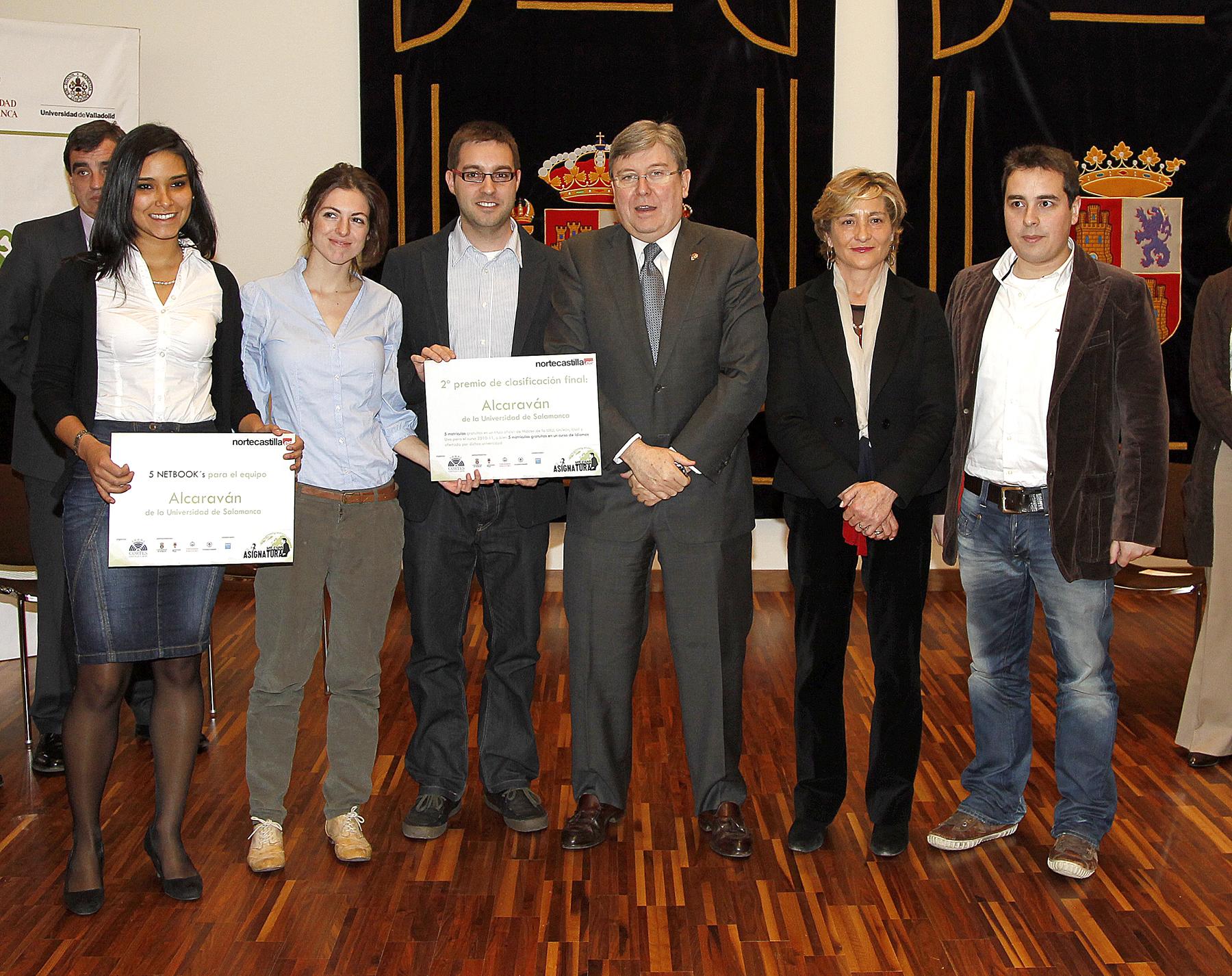 Equipo de la Universidad de Salamanca en el concurso Asignatura Milenio