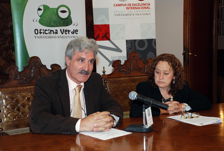 Presentación de la reunión de la comisión sectorial de calidad ambiental de la CRUE en la Universidad de Salamanca