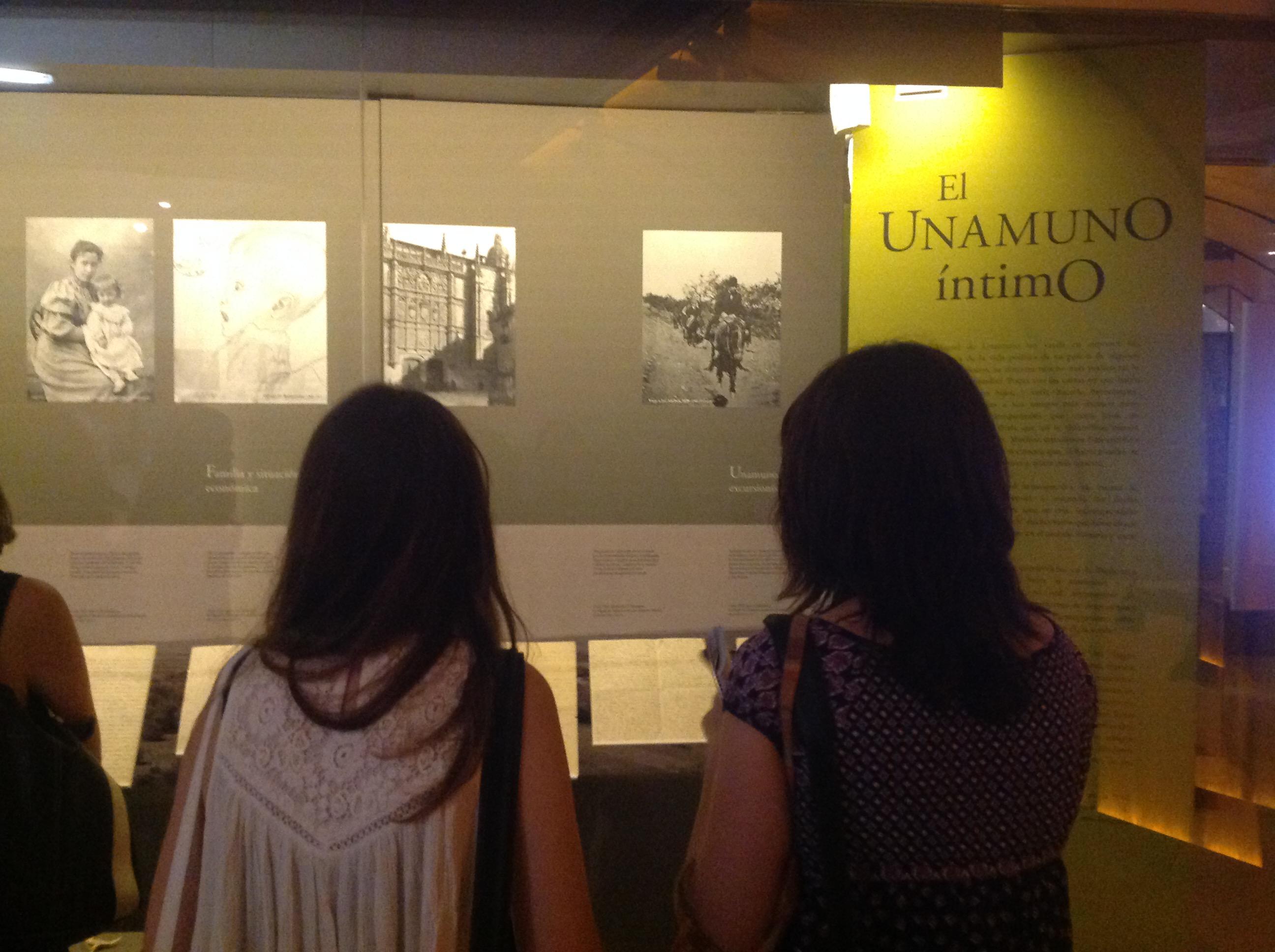 La Biblioteca Nacional de España acoge una exposición que invita a descubrir la personalidad compleja y polifacética de Unamuno