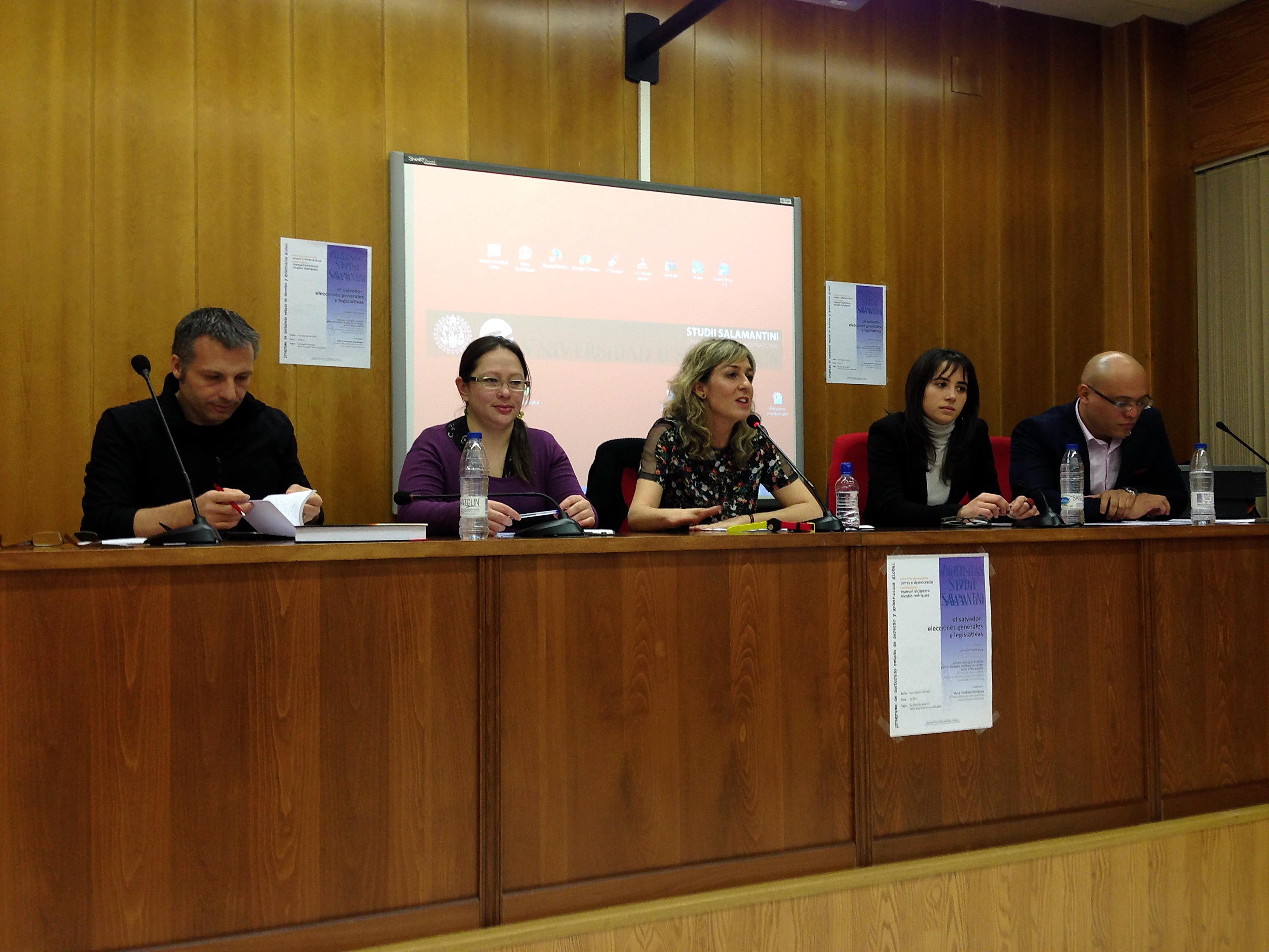 El seminario permanente 'Urnas y Democracia' analiza las recientes elecciones generales y legislativa de El Salvador