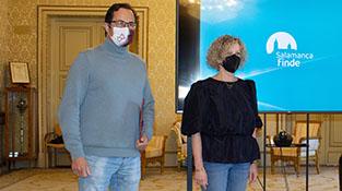 José Luis Fuentecilla y Celia Aramburu en la presentación del proyecto 'Salamanca Finde
