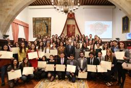 El científico y honoris causa por la Universidad de Salamanca Rodolfo Llinás imparte una conferencia en el Instituto de Neurociencias