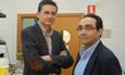 Los profesores Rogelio González Sarmiento y Javier del Pino