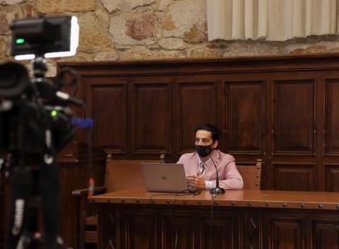Presentación del proyecto 'Gemelo digital de Escuelas Mayores' a la prensa.