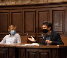 Ana Chaguaceda y Manuel Menchón en la presentación del libro 'La doble muerte de Unamuno'