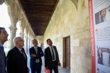Ricardo Rivero, Víctor García de la Concha, José Miguel Sánchez Llorente y José Luis Herrero inauguraron la exposición de los 90 años de Cursos Internacionales